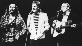 Crosby, Stills &amp; Nash at Universal Amphitheatre on Nov 28, 1982