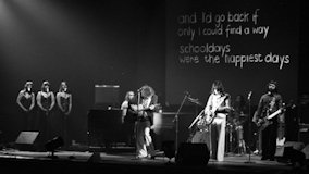 The Kinks at New Victoria Theatre on Jun 14, 1975