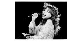 Dottie West at Ziegfields on Jan 29, 1982