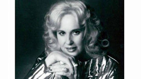 Tammy Wynette at West Palm Beach on Feb 23, 1986
