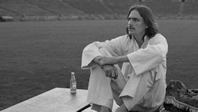 James Taylor at Cape Cod Coliseum on Aug 30, 1975