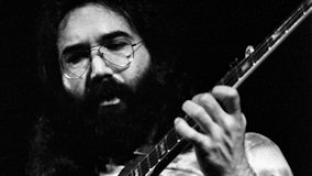 Jerry Garcia and Merl Saunders at Winterland on Oct 2, 1973