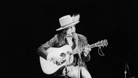 The Rolling Thunder Revue at Technical University on Nov 2, 1975