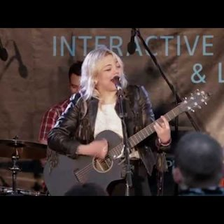 Elle King at Blackheart on Mar 10, 2013
