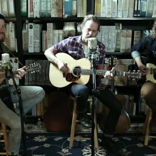 Hiss Golden Messenger at Paste Studios on Nov 16, 2016