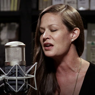 Allison Pierce at Paste Studios on Jun 7, 2017