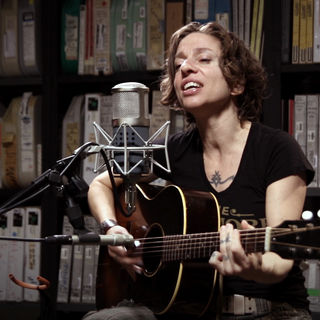 Ani DiFranco at Paste Studios on Jun 9, 2017