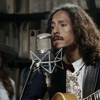 Chicano Batman at Paste Studios on Oct 6, 2017