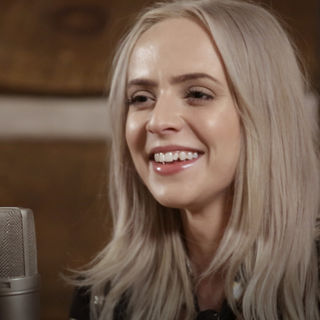 Madilyn Bailey at Paste Studios on Feb 23, 2018