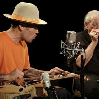 Ben Harper and Charlie Musselwhite at Paste Studios on Mar 6, 2018
