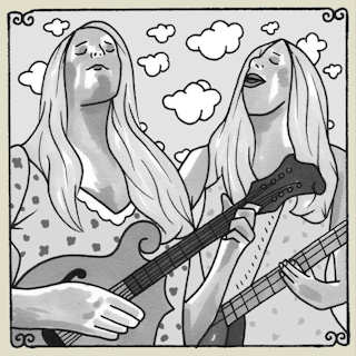 Shook Twins at Daytrotter Studio on Sep 27, 2013