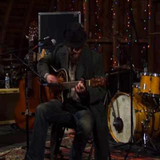 Brooks Strause at Codfish Hollow Barn on Oct 10, 2009