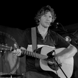 Doug Paisley at Dance Hall on Aug 26, 2011