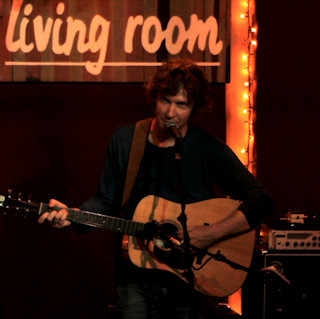 Doug Paisley at Living Room NYC on Aug 29, 2011