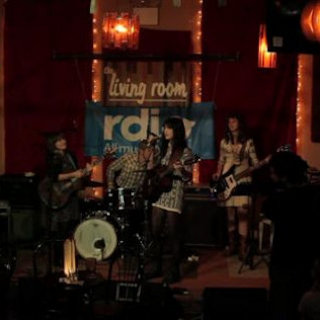 Nikki Lane at Living Room NYC on Oct 20, 2011