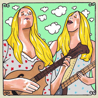 Shook Twins at Daytrotter Studio on Oct 9, 2013