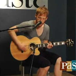 Kevin Devine at Paste Magazine Offices on Jun 17, 2009