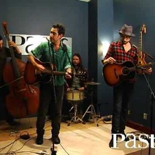 Joshua Radin at Paste Magazine Offices on Mar 10, 2009
