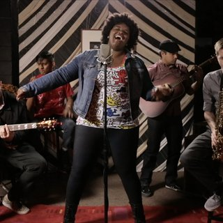 The Suffers at Living Room on Oct 22, 2014
