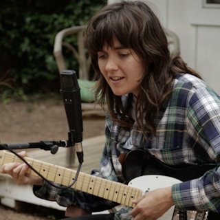 Courtney Barnett at Riverview Bungalow on Mar 17, 2015