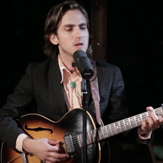 Andrew Combs at Riverview Bungalow on Mar 18, 2015