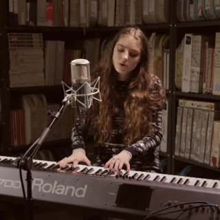 Birdy at Paste Studios on Apr 7, 2016
