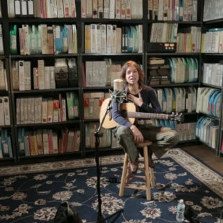 Ani DiFranco at Paste Studios on Nov 11, 2016