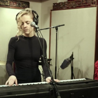 Agnes Obel at Cutting Room on Dec 8, 2016