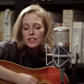 Tift Merritt at Paste Studios on Jan 11, 2017