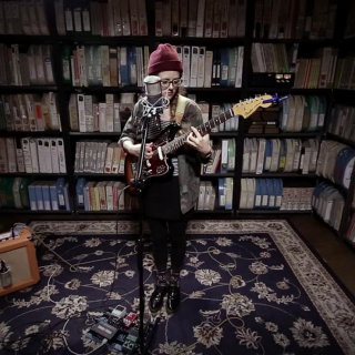 Sallie Ford at Paste Studios on Apr 12, 2017