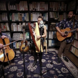 Lizzie No at Paste Studios on May 30, 2017