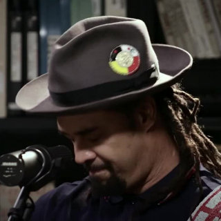 Michael Franti & Spearhead at Paste Studios on Jun 8, 2017