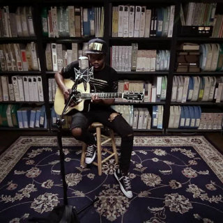 Ayron Jones at Paste Studios on Jul 20, 2017