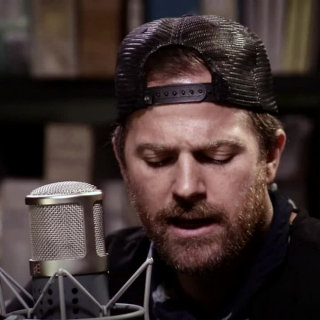Kip Moore at Paste Studios on Aug 22, 2017