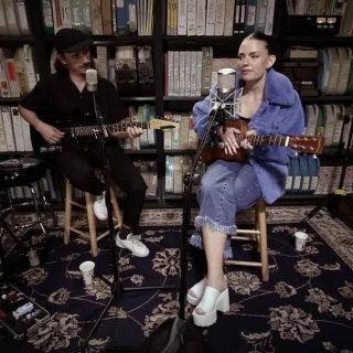 Frida Sundemo at Paste Studios on Sep 19, 2017