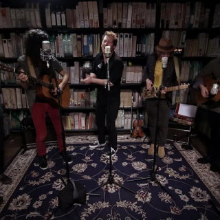 The Stone Foxes at Paste Studios on Oct 13, 2017