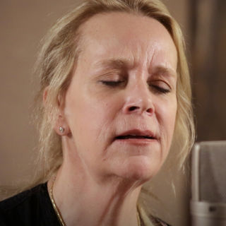 Mary Chapin Carpenter at Paste Studios on Apr 3, 2018