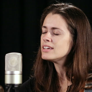 Caitlin Canty at Paste Studios on Apr 26, 2018