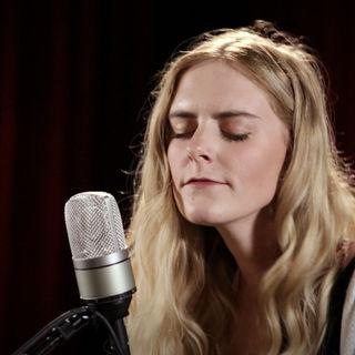 Megan Davies at Paste Studios on May 22, 2018