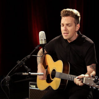 Greg Holden at Paste Studios on Aug 17, 2018