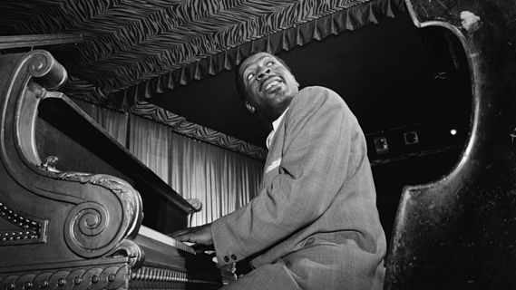 Erroll Garner Trio concert at Storyville Boston on Jul 3, 1952