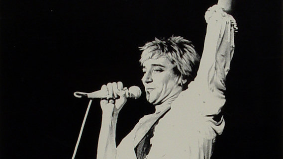 Rod Stewart concert at Bellevue on Dec 5, 1978