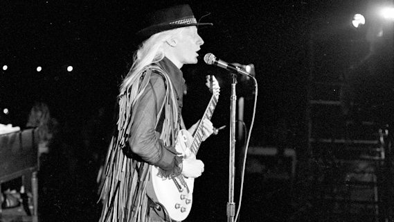 Johnny Winter concert at Palace Theatre on Nov 7, 1973
