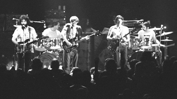Grateful Dead concert at Fillmore East on Nov 16, 1970