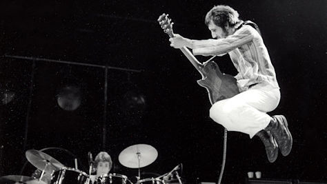 The Who: Dueling Windmills