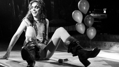 Alice Cooper at Los Angeles Forum