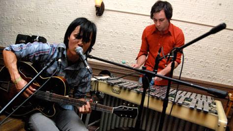 Indie: The Dodos & Magik Magik Orchestra