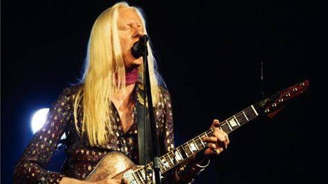 Johnny Winter Channels Hendrix