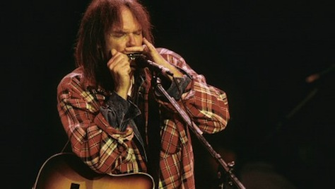 Video: Neil Young at Shoreline, 1993