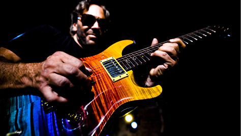 Uncut: Al Di Meola's Speed Licks